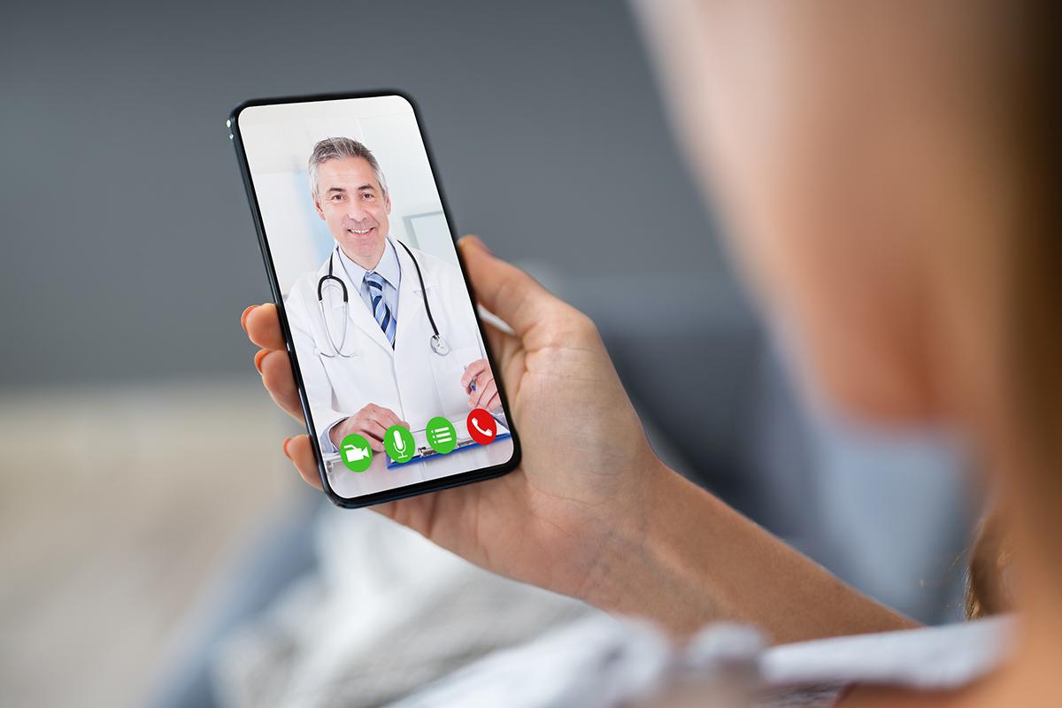 La telemedicina potrebbe essere la soluzione in tempi di pandemia, o è troppo tardi?